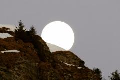 Cache lune